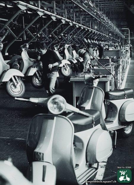 Vespa Senca Frezze in den Produktionshallen von Piaggio