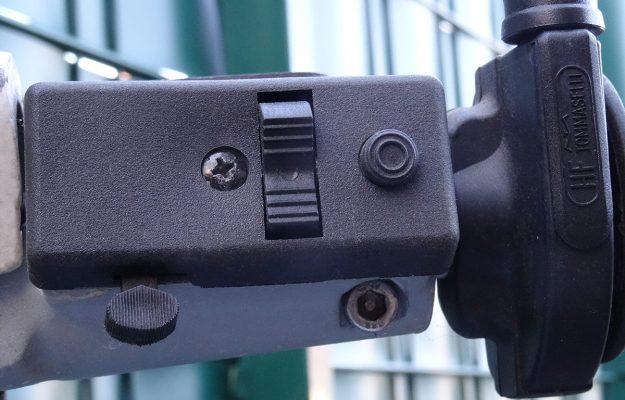 Bild 7: Schalter für Scheinwerfer und Hupe von Grabor an einer PX alt. (Foto: Wespenblech Archiv)
