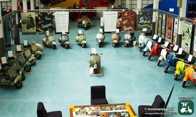 Alte Vespa Motorroller im Piaggio, Museum, Pontedera.