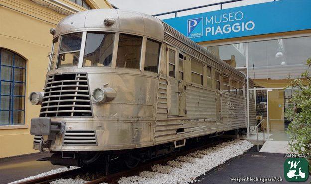 Piaggio, Museum, Pontedera: Schienenfahrzeug.