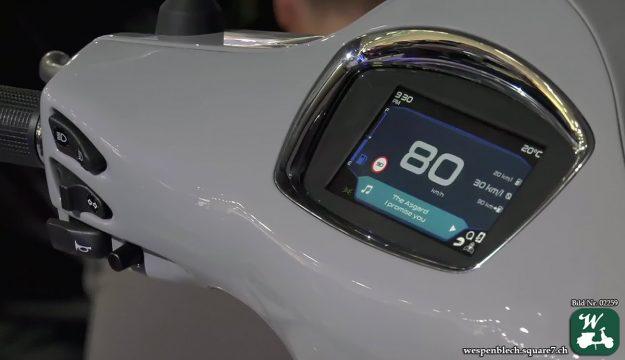 Digitaler Tacho der Vespa GTS SuperTech