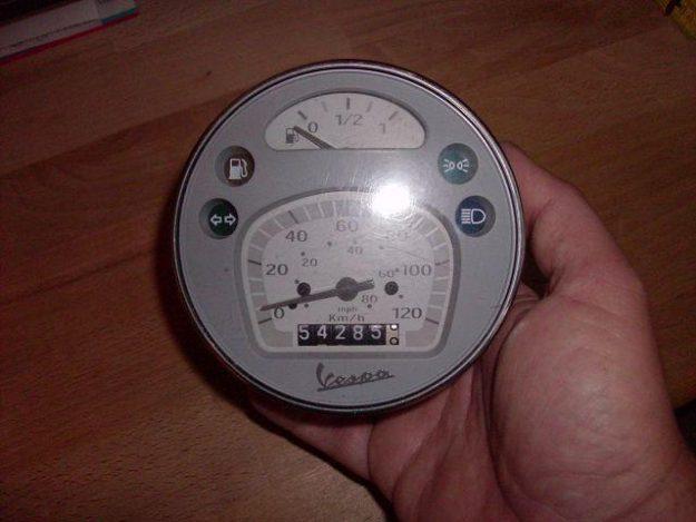 Erste Version des Millenium Tachometers