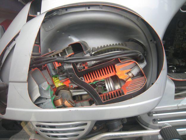 Aufschnitt Motor Vespa P200E