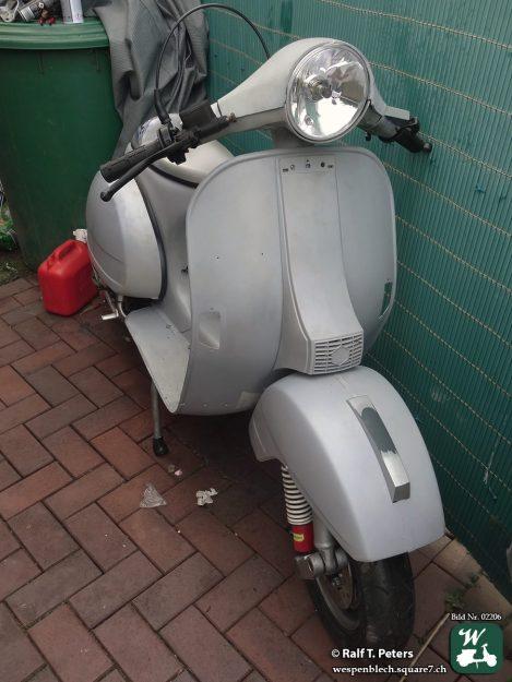 Vespa P200E VSX1T *66647*